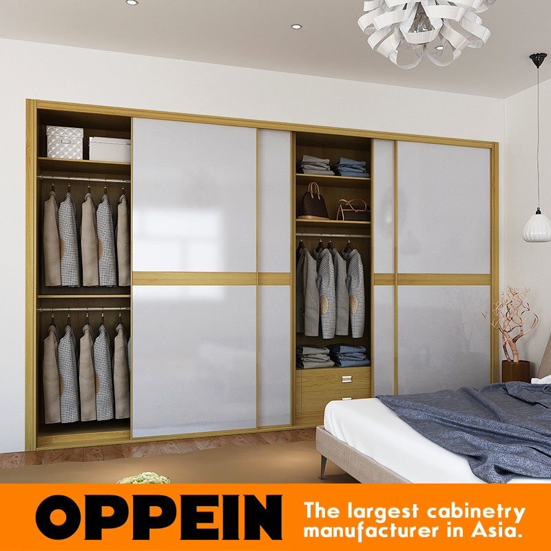 2016 Oppein Modern White Acrylic Color Contrast Sliding Wardrobe (YG16-A01)