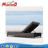 Outdoor Aluminum Rattan Chaise Lounge and Sun Lounger Wicker Leisure Furniture